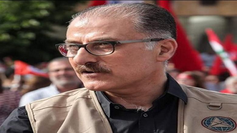 عبدالله مشاركاً في اعتصام الأساتذة المتقاعدين: أنتم الواحة الجامعة فوق الخلافات