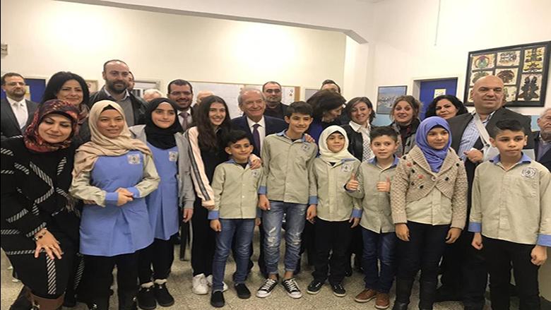 """حماده رعى حفل تكريم """"اليونيسيف"""" في  مدرسة وطى المصيطبة بعد ترميمها"""