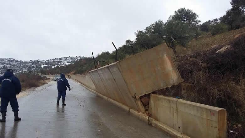 خسائر جراء العاصفة في راشيا وأبو فاعور يتدخل للإسراع بالمعالجة