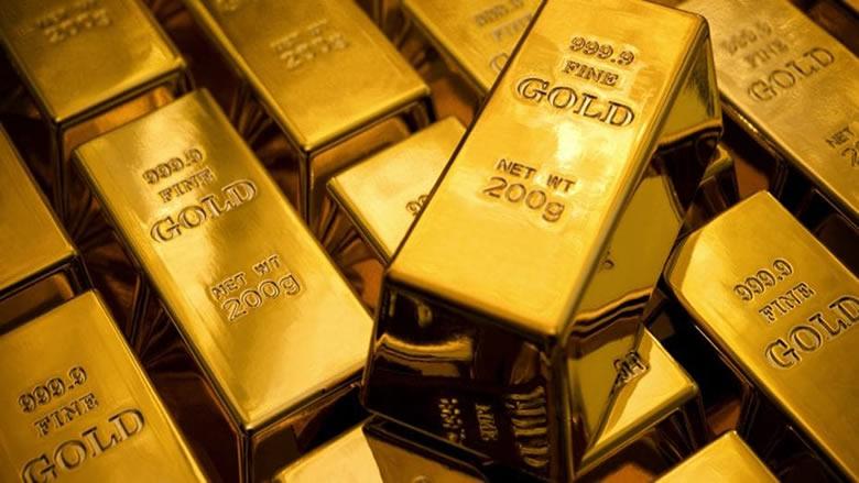 الذهب ينخفض والبلاديوم يسجل مستوى قياسياً مرتفعاً