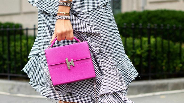 """حقيبة يد أنيقة تعرضها """"كريستيز"""" دبي"""