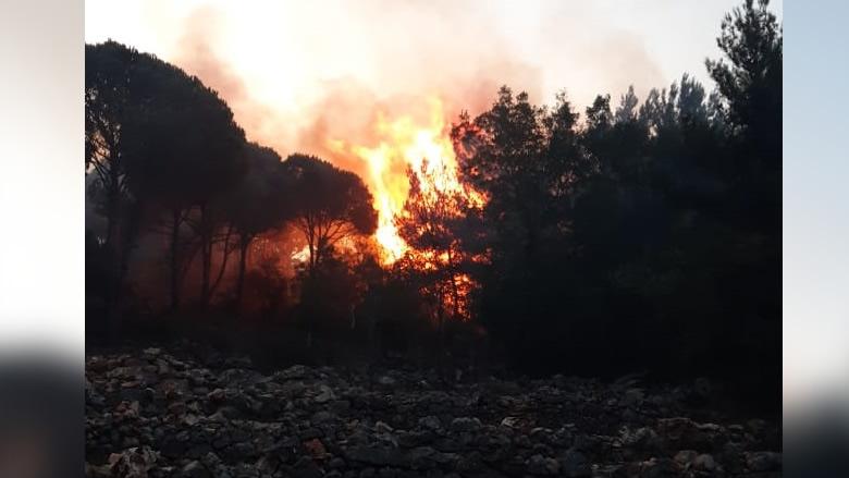 تجدد الحريق في مزرعة الضهر والأهالي يناشدون التدخل