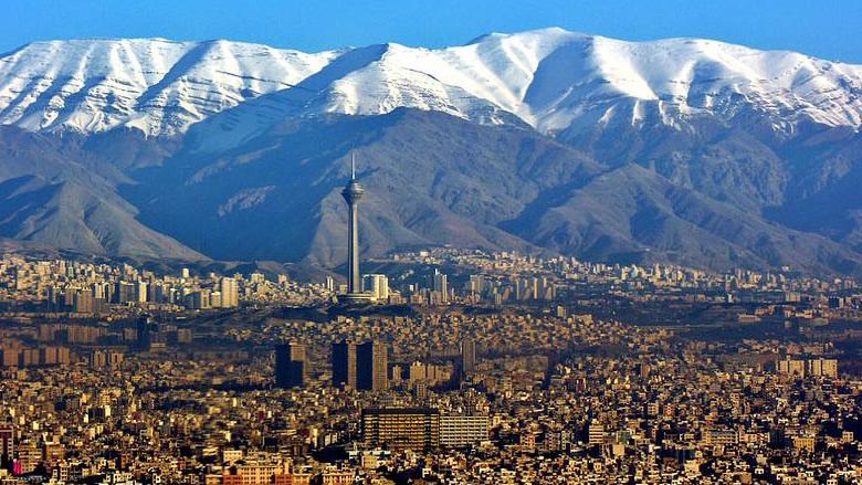 طهران ـ النجف... مشروعية المكان وشرعيته