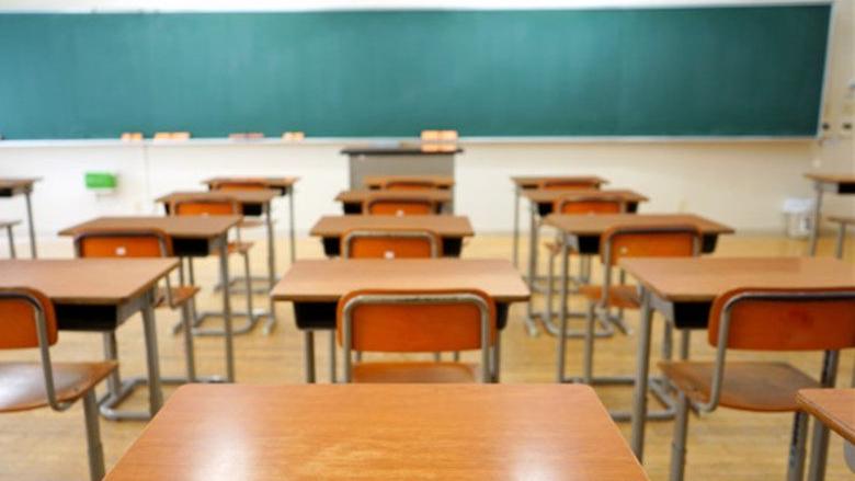 شهيب دعا المدارس والمهنيات والجامعات الرسمية والخاصة إلى متابعة الدراسة الأربعاء