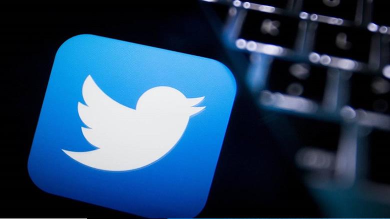 """بعد """"المنار""""... """"تويتر"""" توقف حساب جواد نصرالله"""