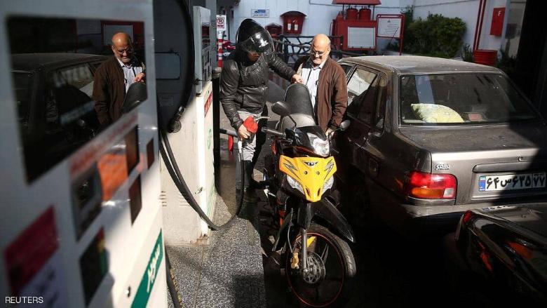 إيران تشتعل... حرق مصرف في بهبهان ومطالب بإسقاط المرشد