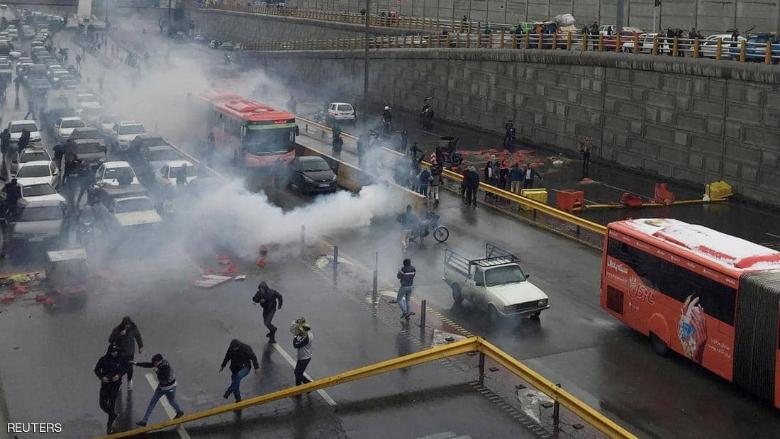 """""""واشنطن بوست"""" عن احتجاجات إيران: ليست الأولى... وعين روحاني على شباط"""