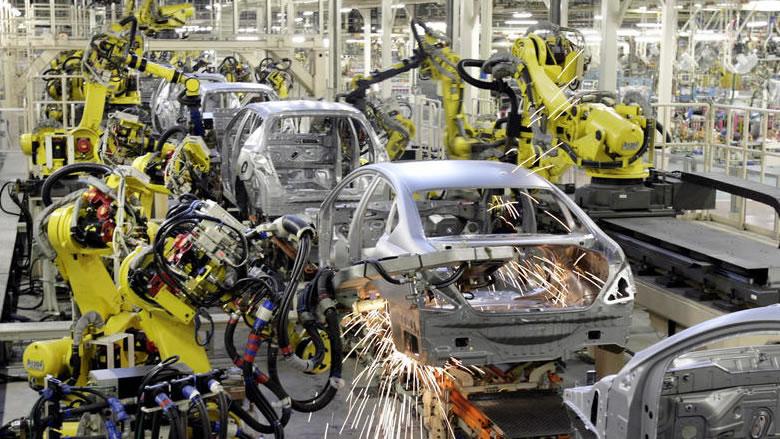 """""""لو فيغارو"""": بعد كارلوس غصن... لبناني جديد يقود تحالف صناعة السيارات"""