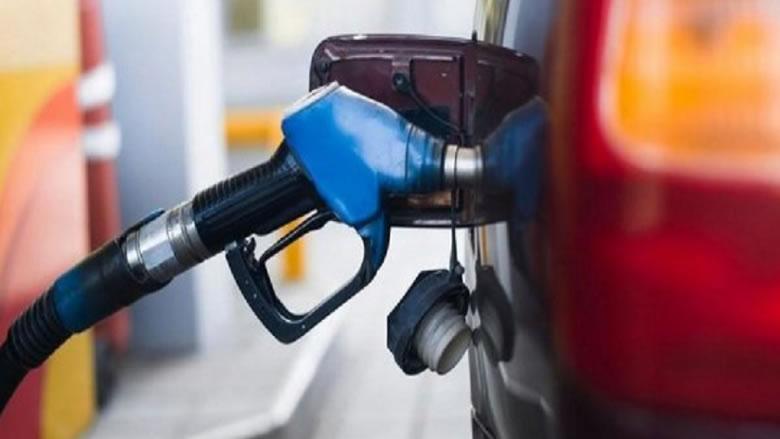 في بعبدا... إقبال كثيف على محطات الوقود