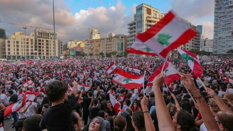 """""""المونيتور"""": تحذير من خلط الأوراق.. هكذا ترى روسيا الاحتجاجات في لبنان"""