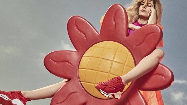 كريستيان لوبوتان يطلق أحذية رياضية للسيدات!