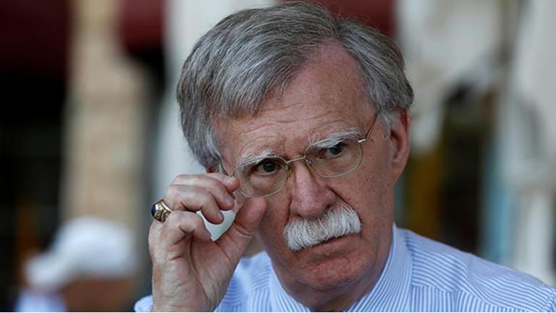 بولتون يهدد مادورو بسجن غوانتانامو