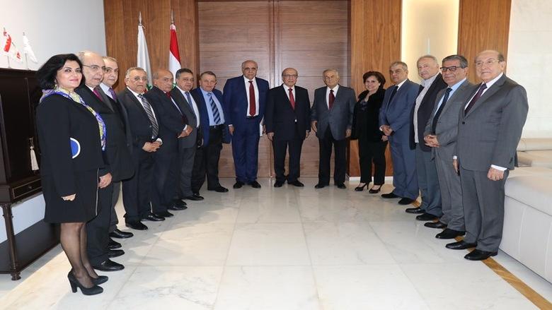 طربيه كرم القصيفي ومجلس نقابة المحررين: لبنان ليس مفلسا والقطاع المصرفي أنقذ البلاد منذ 1975