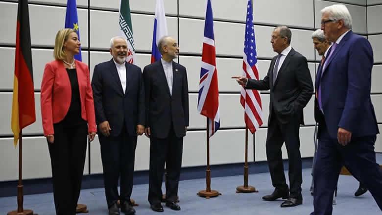 هل تمهّد استقالة ظريف لانسحاب إيران من الاتفاق النووي؟