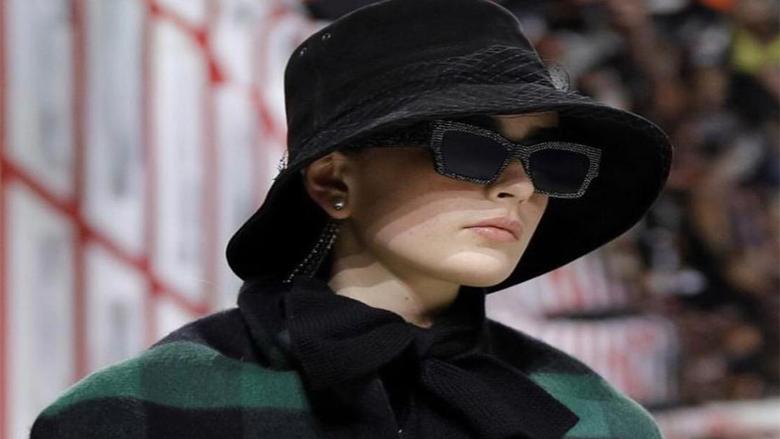 ديور تطلق الأزياء الجاهزة في باريس