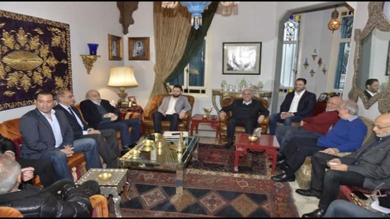 بالصور: بدء اجتماع اللقاء الديمقراطي في كليمنصو بمشاركة رئيس الحزب وليد جنبلاط