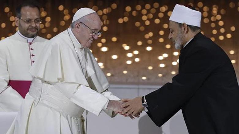 لبنان يحسد الإمارات... البابا مرّ من هناك!