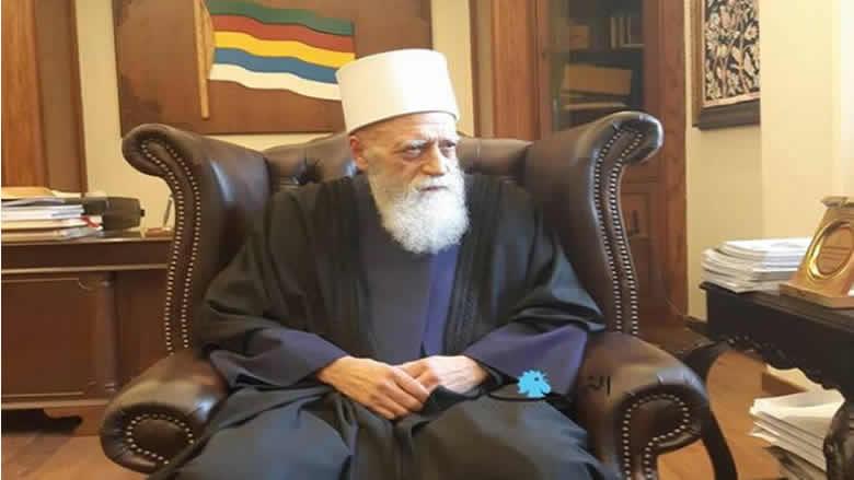 الشيخ حسن : شيخ العقل هو شيخ الجمهورية... أي رسائل للحاملين عليه؟