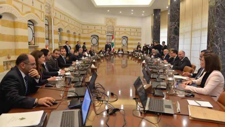 """مجلس الوزراء يقر البيان الوزاري واعتراض """"قواتي"""" على فقرة المقاومة"""