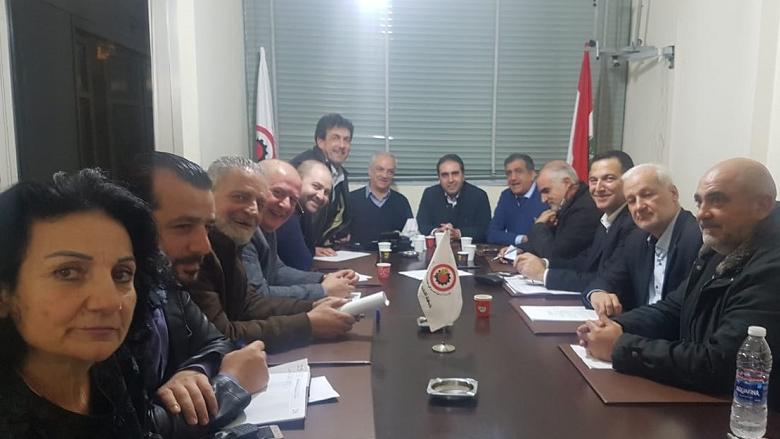 جبهة التحرر العمالي تناقش التطورات بحضور ناصر