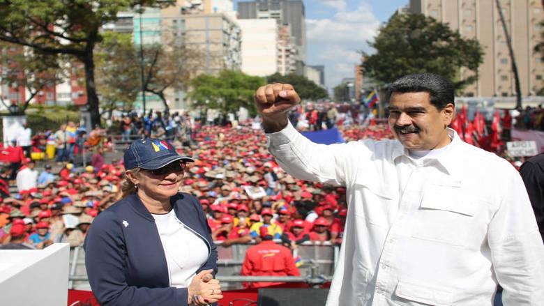 مادورو: هجوم إلكتروني جديد أعاق إعادة التيار الكهربائي