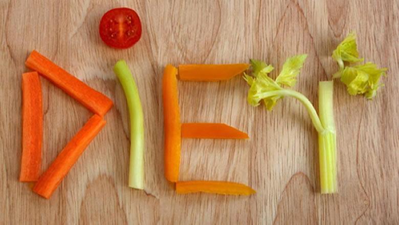 لهذه الأسباب الاربعة... تجنبوا حمية الطعام النيئ