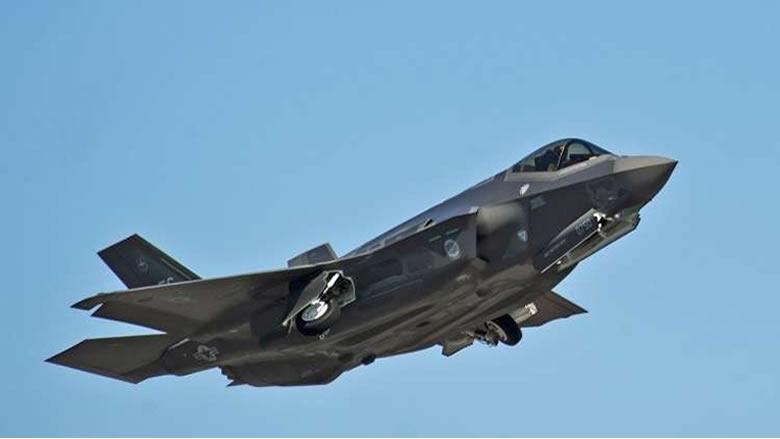 """واشنطن تلوّح بوقف الاستعدادات لتسليم مقاتلات """"إف-35"""" إلى تركيا"""