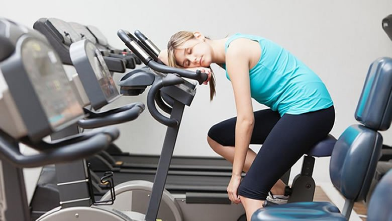 """إذا أردت أن تفقد الوزن.. فالنوم أهم بكثير من الـ""""gym"""""""
