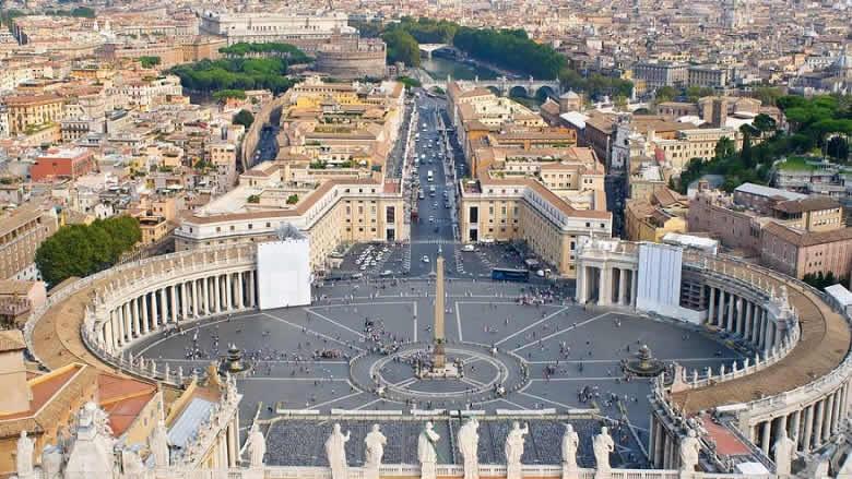 نصيحة واضحة من الفاتيكان الى مرجعيّاتٍ لبنانيّة