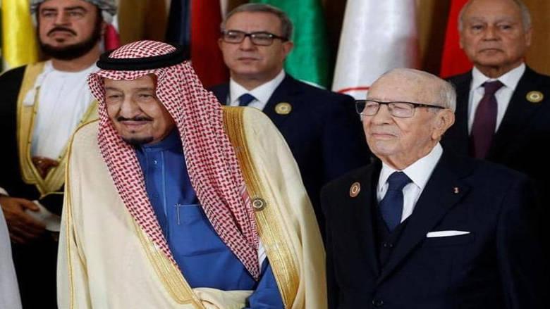 """العاهل السعودي يفتتح """"قمة تونس"""" بالجولان وفلسطين"""