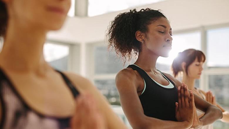 اليوغا... رياضة فعالة لخفض ضغط الدم