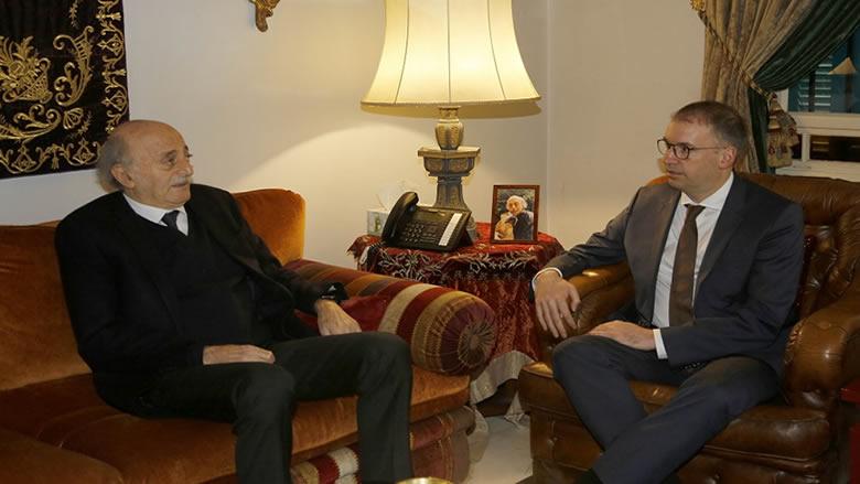 جنبلاط استقبل وزيراً ألمانياً وبحث معه العلاقات المشتركة