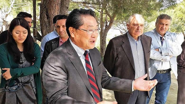 """سفير اليابان يلبي دعوة الجمعيات البيئية الى """"رأس المتن"""""""