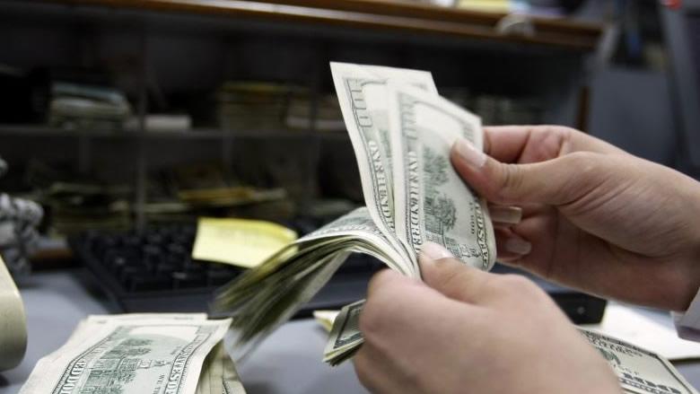 ما حقيقة ارتفاع سعر صرف الدولار؟