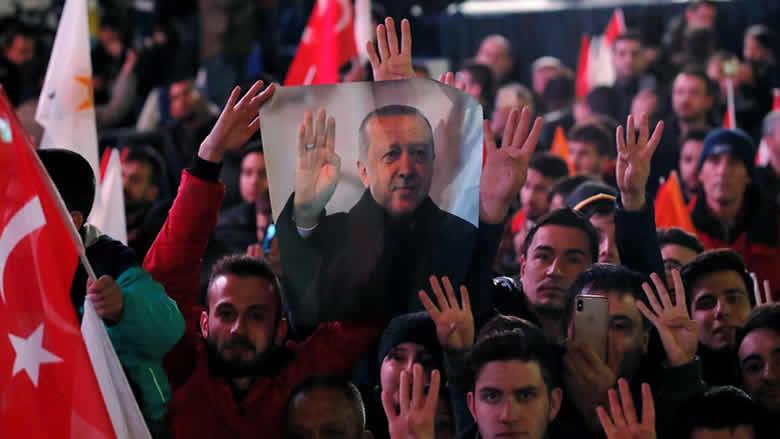 """""""المونيتور"""" يقدّم قراءة لخسارة أردوغان المدن الرئيسية.. فهل يحسّن علاقاته مع الغرب؟"""