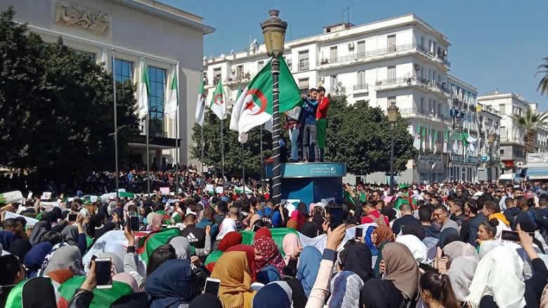 الجزائر: ماذا بعد قرار الجيش؟؟/ بقلم غازي العريضي