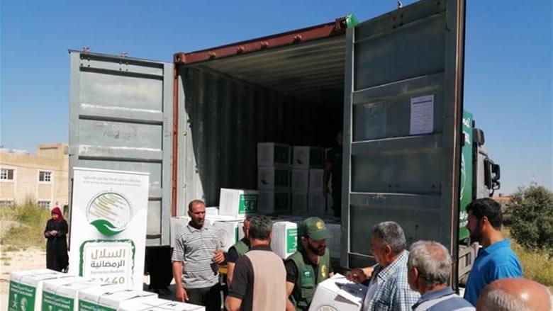 مركز الملك سلمان للاغاثة واصل توزيع سلل غذائية على الأسر الاكثر فقرا