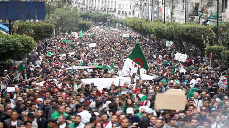 الجزائر بعد ثلاثة أشهر على الإحتجاجات الشعبية: إلى أين؟
