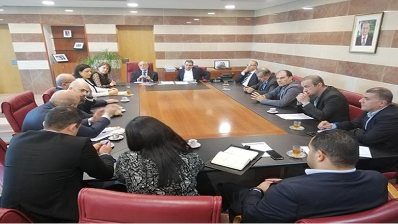 لجنة مشتركة بيـن وزارتيّ التربية والصناعة وجمعية الصناعييـن