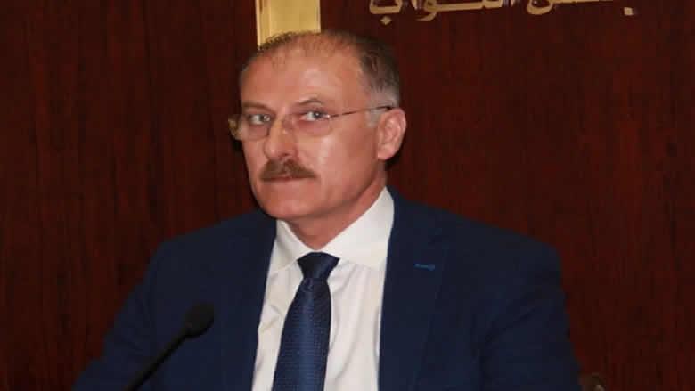 عبدالله يسأل الحكومة: ماذا تفعلون لإقفال المعابر غير الشرعية ومكافحة التهريب؟