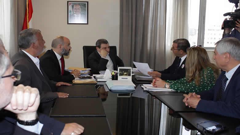أبو فاعور وضع خارطة طريق لاعادة انعاش صناعة المفروشات في لبنان