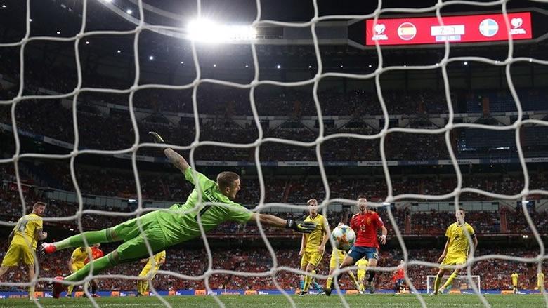 الماتادور الإسباني يخرج بالعلامة الكاملة أمام السويد