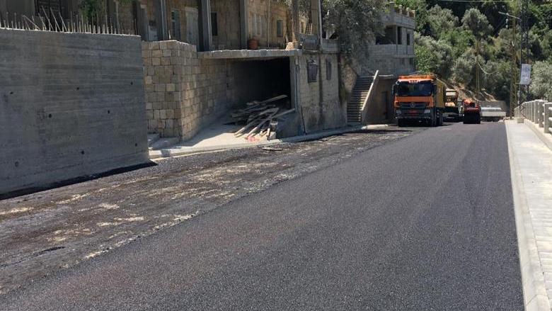 إنجاز إنمائي: إنتهاء الصرف الصحي وتزفيت الطرق في الشوف بمتابعة من جنبلاط