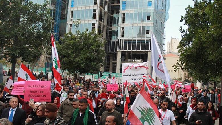 حراك العسكريين المتقاعدين وزع مذكرة مطلبية على النواب لالغاء بعض مواد مشروع الموازنة