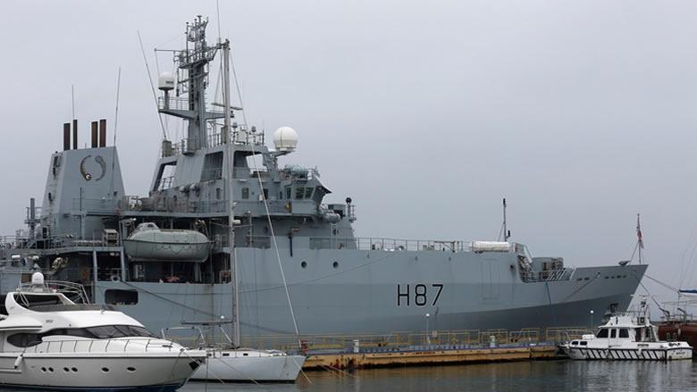 الحكومة البريطانية تعقد اجتماعا لبحث إرسال قوات إلى الخليج
