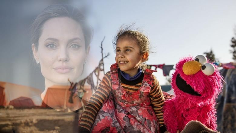 """أنجلينا جولي تكتب في """"التايم"""": المصالح تتكلّم وسياسيون ضد اللاجئين.. فكّروا بلبنان!"""