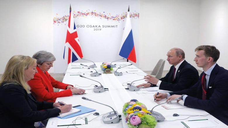 ماي تدعو بوتين للكفّ عن الأعمال المزعزعة للاستقرار