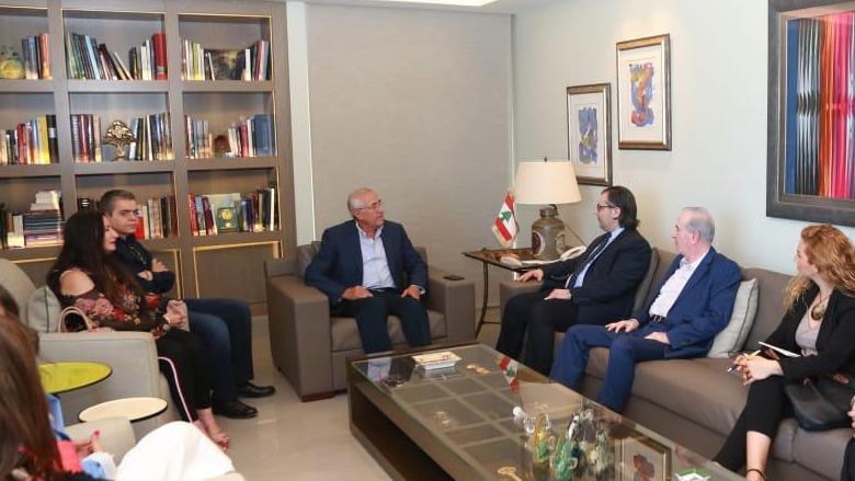 سليمان: للمجاهرة برفض زج لبنان في الصراعات