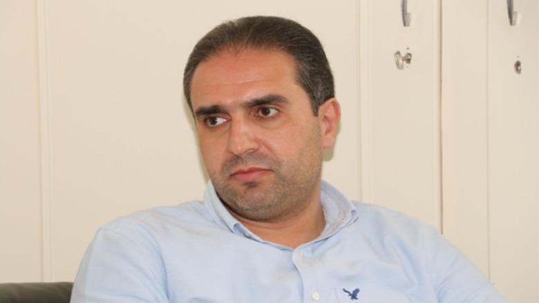 ناصر: ندعو الطرف الآخر لتلقف مبادرة جنبلاط