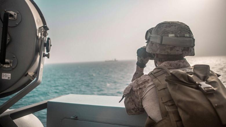 المبارزة حول حرية الملاحة الدولية وأمن الخليج